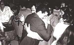 Da teoria à prática: despedida dos primeiros missionários, em 1992.