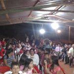 O público, composto por crianças, jovens, adultos e idosos, aproveitou a oportunidade