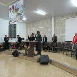 Missionário Ramesh, do Nepal, falou à igreja, sendo traduzido pelo ir. Silas Paschoal