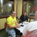 Equipe Heróis da Fé no programa de rádio local