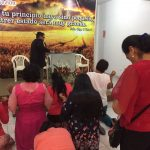 Momento de oração com o Pr. Nerízio Mattos