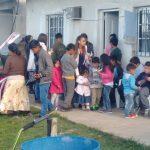 Os pequenos ficaram contentes por estarem na casa de Deus