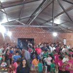 A igreja de Santa rosa del Araguay ficou lotada