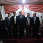 Missionário Taner (segundo, da esquerda para a direita), ao lado do Supervisor da Região, Pr. Eli F. Dias, e obreiros que participaram da inauguração da nova congregação