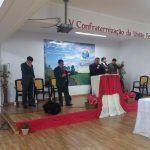 Momento de oração com o missionário Éder Araújo durante o culto de Santa Ceia do último domingo, em Lisboa