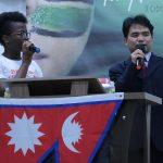 Missionário Ramesh falou sobre o país do Nepal, traduzido pela irmã Grace Gbenakou