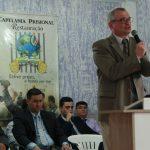 Pr. Márcio Bonalume ministrando