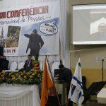 No telão, missionário Francisco Silva, de Tifton/EUA