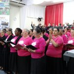 Coral da União Feminina louvou a Deus no culto de domingo
