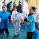 Momentodo batismo em águas